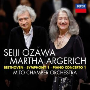 Recensie Beethoven Symphony 1 – Piano Concerto 1 Martha Argerich