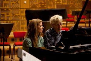 Barbara Hannigan en Reinbert de Leeuw aan de piano