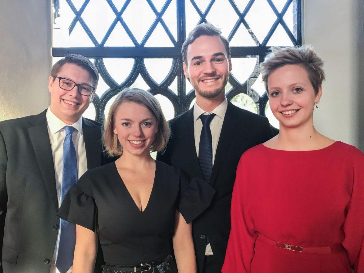 V.l.n.r.: Jasper Dijkstra, Emilie Wijers, Joris van Baar en Marie van Luijk