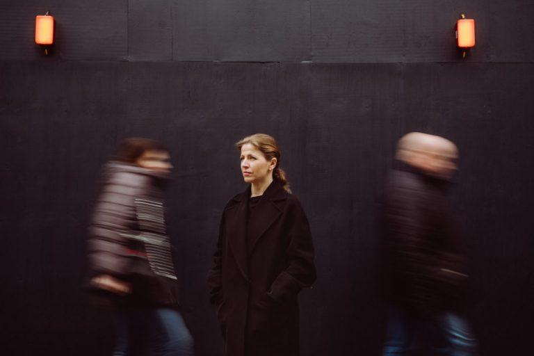 Kristiina Poska uit Estland is de nieuwe chef-dirigent van het Symfonieorkest Vlaanderen – Luister magazine