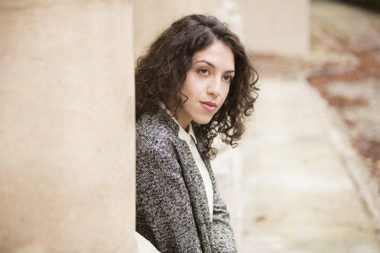De Italiaanse pianiste Beatrice Rana speelt Bach samen met het Amsterdam Sinfonietta