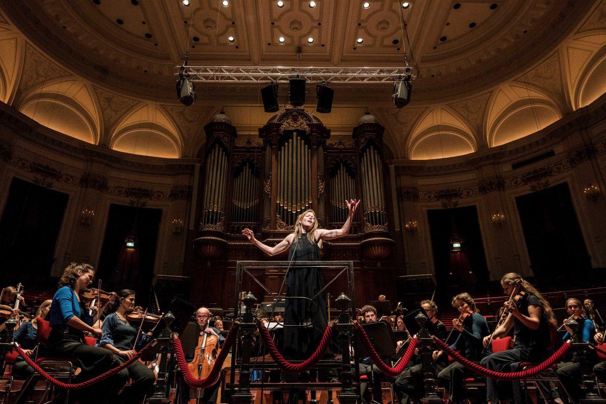 Barbara Hannigan gaat op tournee met LUDWIG, een flexibel ensemble - Luister magazine