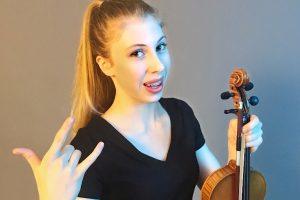 De jonge en talentvolle violiste Sanne Zwikker is blogger voor Luister en speelt op de GenZ Tour - Luister magazine