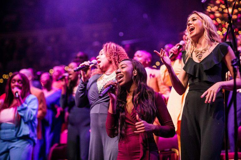 Bij de concertreeks Gospel Baroque ontmoet een gospelkoor een barokorkest: Holland Baroque en het London Community Gospel Choir – Luister magazine voor klassieke muziek