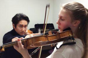 Sanne Zwikker vertelt over de indeling van haar strijkstok - Luister magazine over klassieke muziek