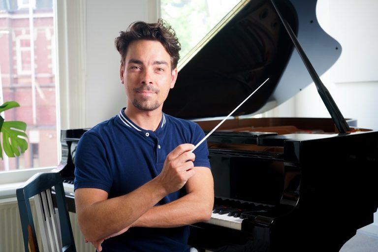 Christiaan Kuyvenhoven, de maestro met de breinaald.