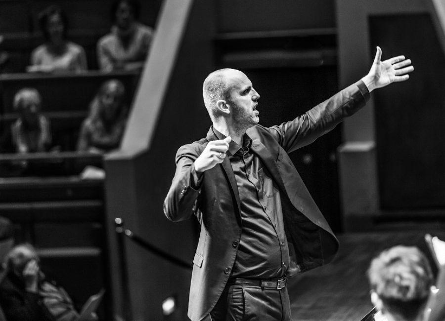 5 en 6 juli kun je in Amsterdam of Haarlem naar The Public Domain, een verbindend zangspektakel van componist David Lang.